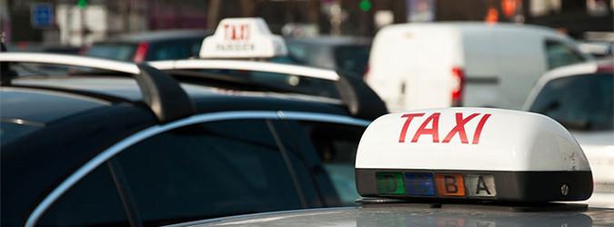 Taxis, VTC, public transport
