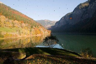 lac-montriond-oct12-16-5143