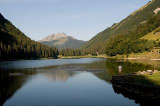 pecheur-lac-montriond-aout09-2962
