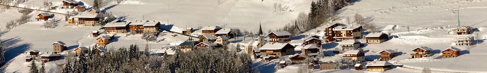 Le village de La Côte d'Arbroz en hiver