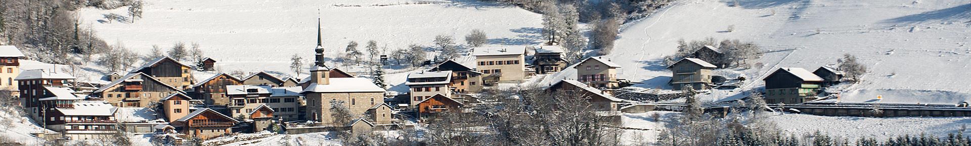 Le village de La Forclaz en hiver
