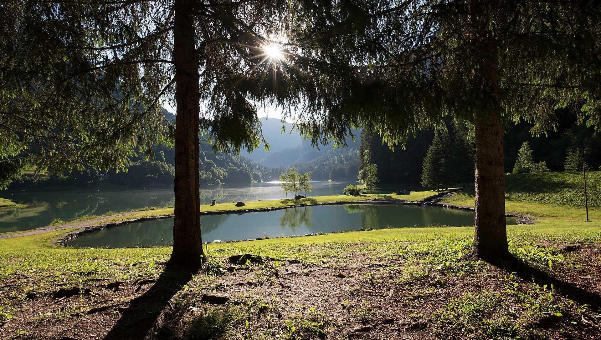 Le Lac de Montriond et son espace baignade
