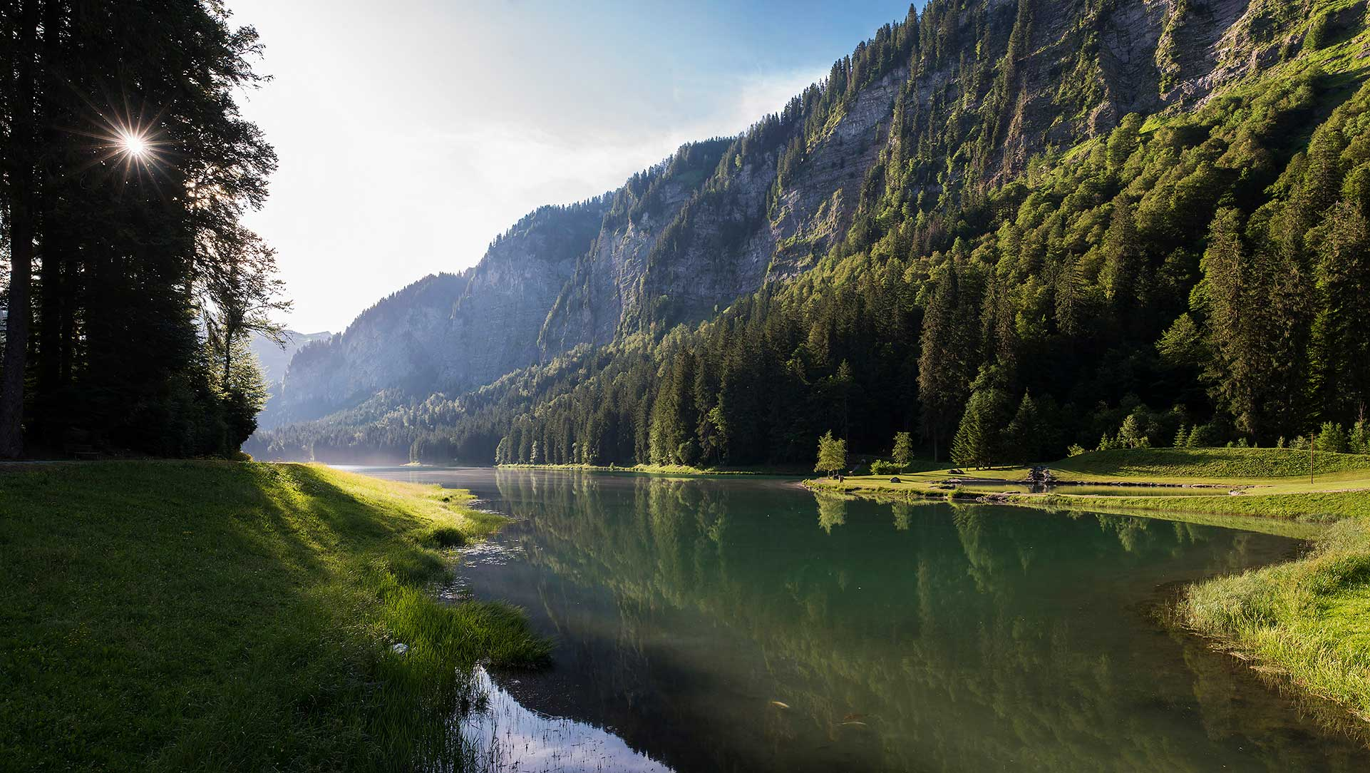 Lever de soleil au Lac de Montriond