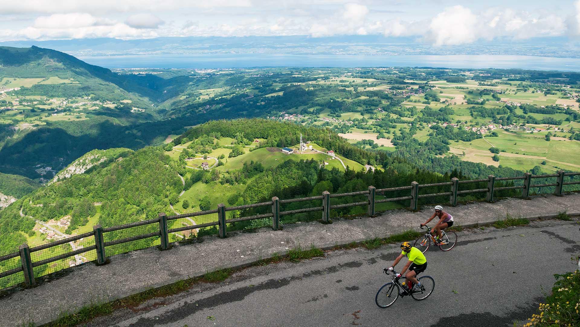 Montée en vélo jusqu'au belvédère de Tréchauffé