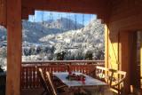 terrasse-couverte-montagnes-hiver-0924-13567